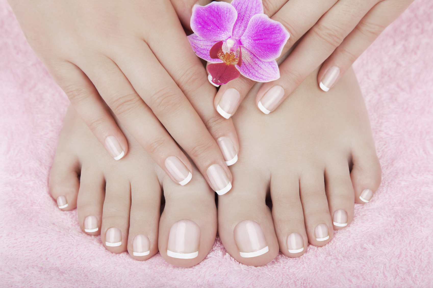 Nail services a step above salon services for Salon de pedicure
